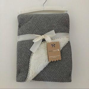 NEW mon lapin Luxury Baby Blanket Gray Sherpa